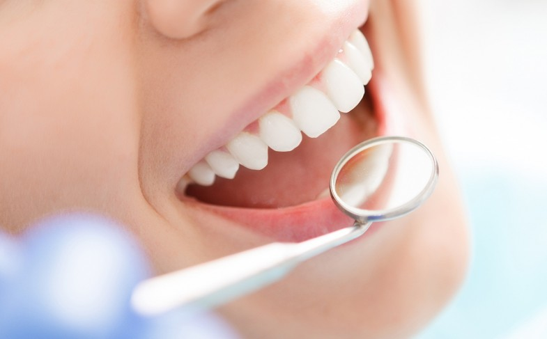 Finding An Affordable Qualified Cosmetic Dentist